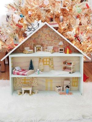 Из чего собрать кукольный домик