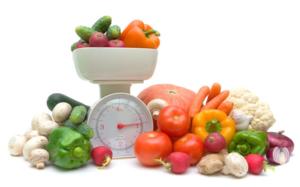 При соблюдении диеты №5 нужно следить за калорийностью и балансом веществ
