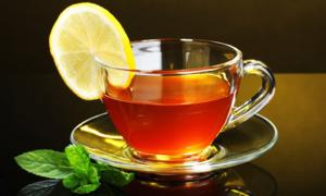 Отказавшись от кофе, отдайте предпочтение чаю с лимоном