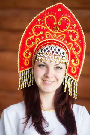 annakrasnyj Кокошник в народном стиле своими руками поэтапно с фото