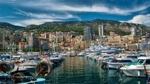 Яхты богачей в Монако