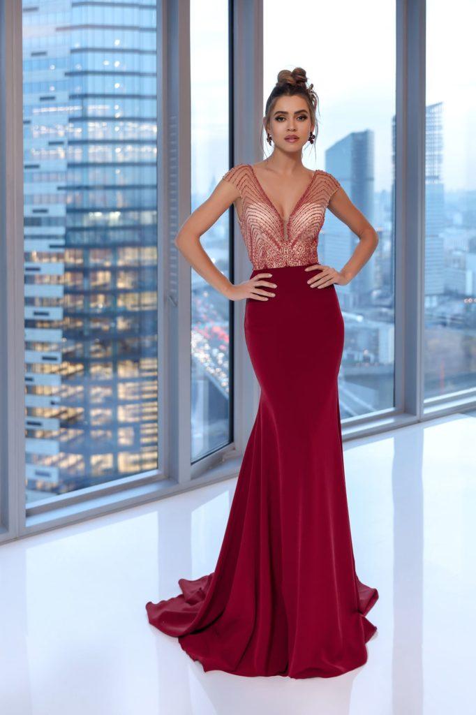 Красное вечернее платье: быть яркой без излишеств
