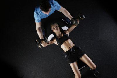 Упражнения для сжигания жира: эффективные тренировки, подходящие для всех